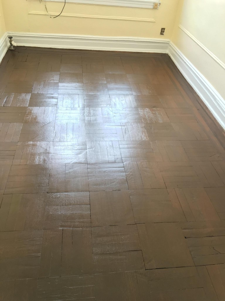 Refinishing hardwood floors new york queens for Hardwood floors queens ny